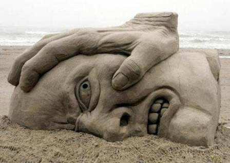 http://palavrastodaspalavras.files.wordpress.com/2008/06/escultura-na-areia-327181.jpg