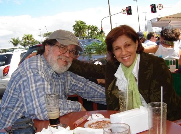 MARY GARCIA E TONINHO VAZ NO MERCADO